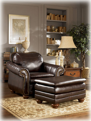 The Canyon Bonded Leather Collection By Benchcraft Offers A Scratch Resistant Technology That Makes It Incredibly Easy To Clean Up Everyday Family