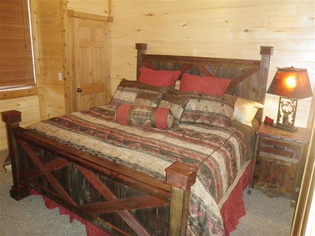 bradley's furniture etc  rustic barndoor barnwood collection