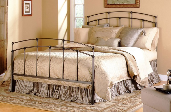 Fashion Bed Group Fenton Queen Bed $329