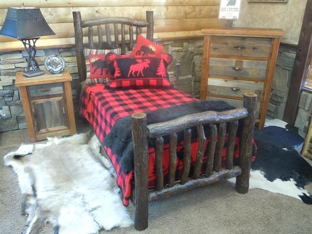 Bradley 39 S Furniture Etc Utah Rustic Oak Bedroom Collection